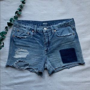 BDG Distressed Jean shorts size 4